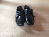 New Black leather Base of London casual shoes