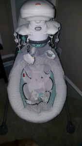 Fisher Price My Little Lamb Cradle and Swing Platinum Edition