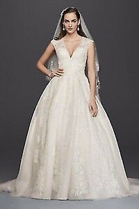 Oleg Cassini wedding dress size 14