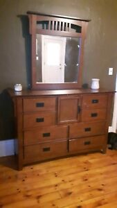 Solid Wooden Dresser With Mirror