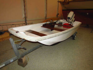 Boston Whaler 13', Including Trailer and 40HP Outboard