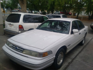 1995 crown vic low mileage!!!!!