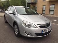 VAUXHALL ASTRA 1.7 DIESEL 2011 ** FULL VAUXHALL SERVICE HISTORY ** CAMBELTED **