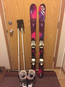 Women's skis, only used TWICE