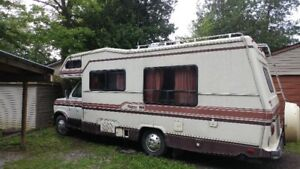 1987 8 cyl Ford Class C Motorhome Everything works