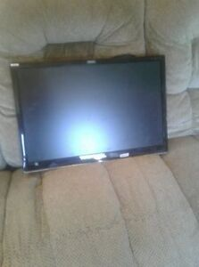 """Samsung 26"""" tv $80 FIRM!  Can deliver."""