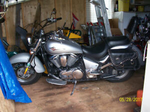 MOTORCYCLE FOR SALE. $3000 OR BEST OFFER