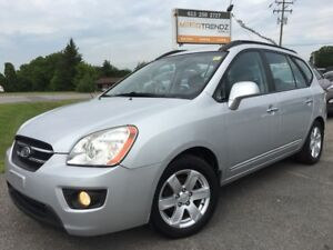 2008 Kia Rondo EX Nice 7 Passenger with Heated Seats , alloy...