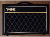 Vox Pathfinder Bass 10 (inc. Cover)