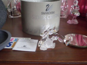 "Swarovski Crystal Figurine- "" Three South Sea Fish """