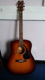 Full size Yamaha acoustic guitar (F-310) for sale in excellent condition