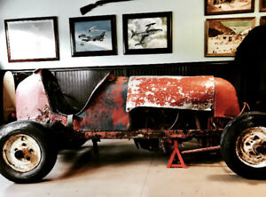 1932 Class B Midget Race Car. Authentic Racer