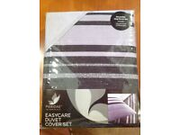 New and unopened - Reversible King Duvet Set - Black & Grey textured stripe