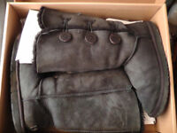 Ugg Boots Size Uk 6.5 W Bailey Button Triplety 1873 Black