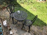 Patio table & 2 chairs - Iron