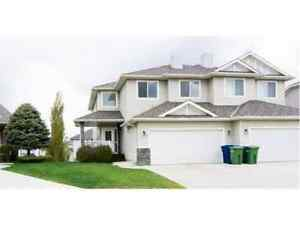 Georgeous home in beautiful chestermere