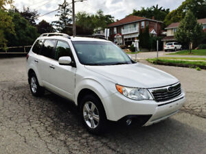 2009 Subaru Forester X Premium AWD Pano Roof 1-Owner No Accident