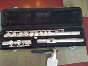 Selmer Bundy II Flute - Very good condition, case included.