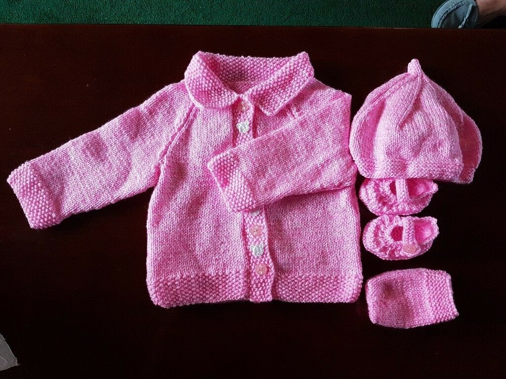 Hand Knitted Baby Girls Set (3 mths)