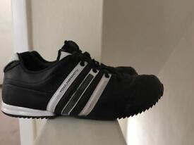 Mens size 9 black/white y-3 trainers-used