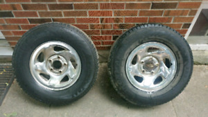 245/75R16 pair of rims with tires
