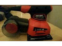 Black and Decker sander ka 171 type 1 201 brand new does not come with a carry case or sheets