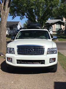 For sale - 2010 Infiniti QX56