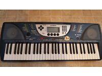 Electronic Yamaha Keyboard