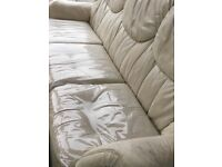 Bargain sofa Full leather in very good condition