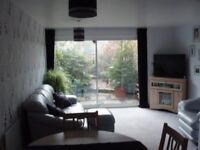 2 bedroom, unfurnished house to rent close to town centre and station in Kingswood school area