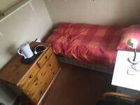 Small and Medium room to rent - perfect for young people