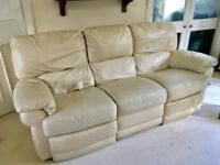 CREAM LEATHER 3 SEATER RECLINER SOFA & 2 RECLINER ARMCHAIRS
