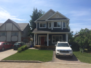 FOR RENT: New 3br Executive House Rental in Crescents - SEPT 1st