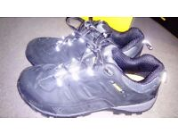 De Walt Safety Shoes (Trainers) Size 8 / 42