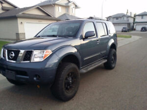 UPDATED - 2006 Nissan Pathfinder SUV, Crossover
