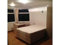 Ensuite double rooms available in East Acton /Zone 2 /Central line