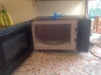 Microwave oven Breville 20 lt