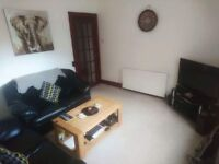 1 Bedroom Flat, Great Location, Free Parking
