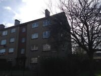 Duddingston Area, 2 Bedroom Spacious and Bright Flat, 2nd Floor, Fully Furnished and Redecorated