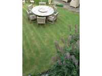 Large Wood Garden Table (with lazy susan) + 6 heavy armchairs *Can Del*