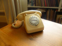 1980's telephone with nice old style ringing bell.