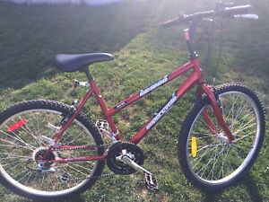 18 Speed  woman's Mountain bike