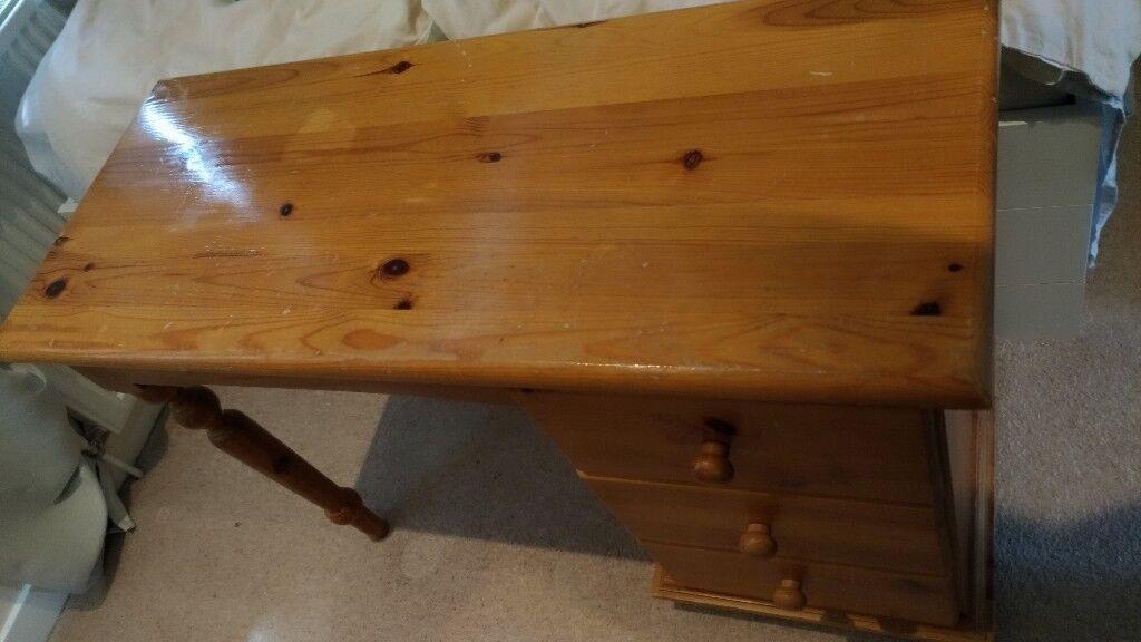 Nice little wooden desk for sale