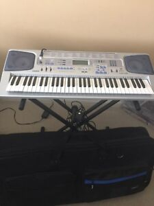 Keyboard with mic and case