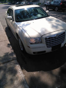 Chrysler 300 2008 excellent condition