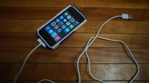 Iphone 4 16gb  With Case and Cable ( OFFERS ACCEPTED)