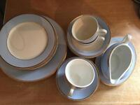 Royal doulton RD 2004 Bruce oldfield 20 piece dinner service with gravy boat
