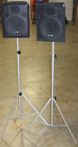 Pair of Yorkville Y115 Performance Series Speakers w Tripods
