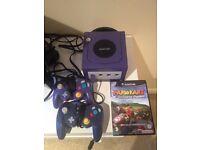 GameCube, 2 Controllers & Mario Kart