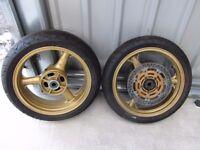 Kawasaki ZX6R Wheels, powder coated Gold with tyres